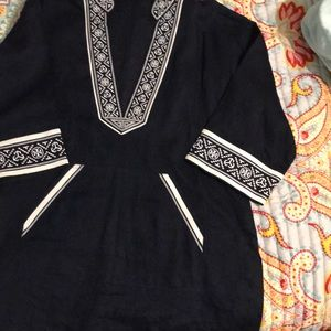 Tory Burch top Navy with white wide stitching